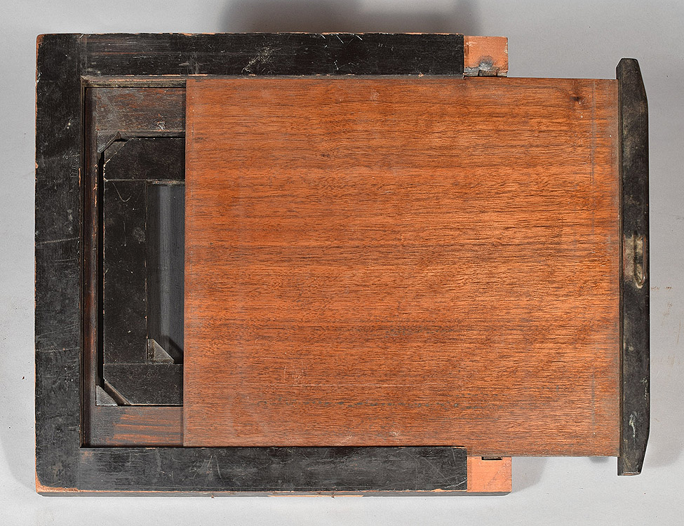 8 x 10 and 5 x 7 & acc250-wet.plate.holder-3-front-750.jpg